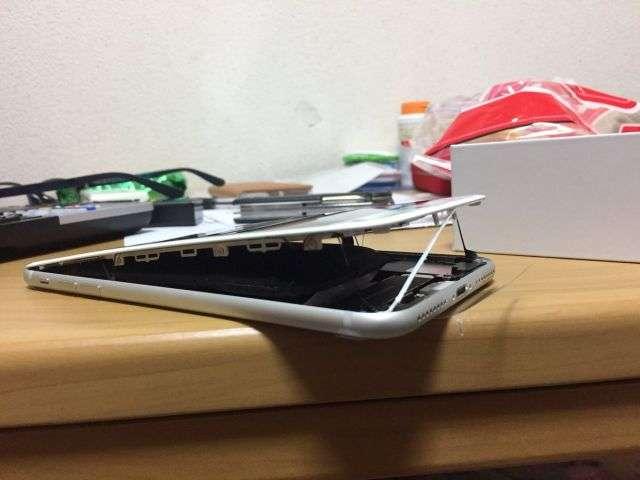 Будуть вибухати нові iPhone 8 Plus?
